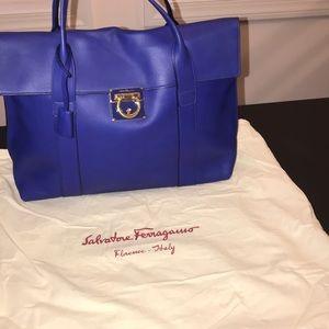 Salvatore Ferragamo Large Sookie shoulder handbag